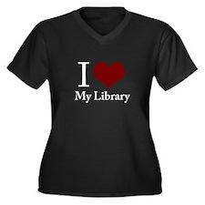 Cute I heart reading Women's Plus Size V-Neck Dark T-Shirt