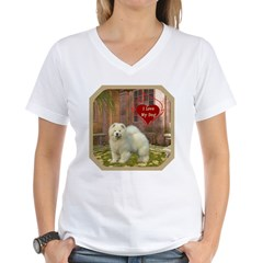 Chow Chow Women's V-Neck T-Shirt