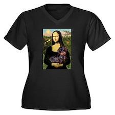 Mona / Dachshund (wire) Women's Plus Size V-Neck D