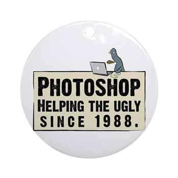 Photoshop - Helping the Ugly Ornament (Round)