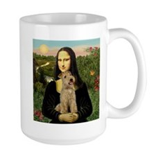 Mona & her Lakeland Mug