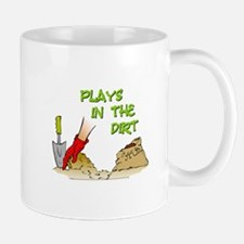 Plays in the Dirt Mug