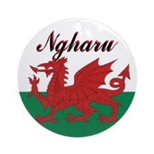 "Welsh Flag ""Love"" Round Ornament"