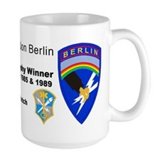 Field Station Berlin Large Travis Trophy Mug