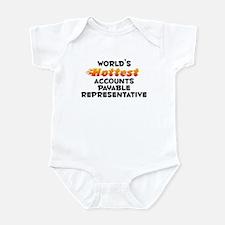 World's Hottest Accou.. (B) Infant Bodysuit