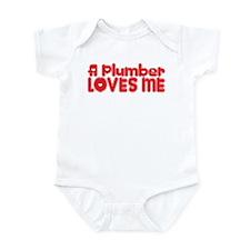 A Plumber Loves Me Infant Bodysuit