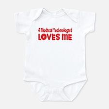 A Medical Technologist Loves Me Infant Bodysuit