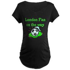 London Fan on the way T-Shirt