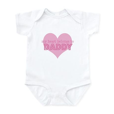 Heart belongs to daddy Infant Bodysuit