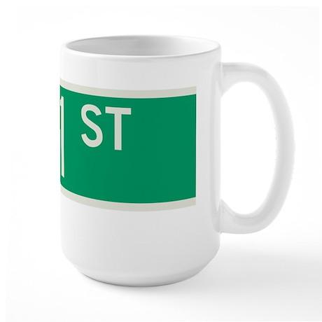 171st Street in NY Large Mug