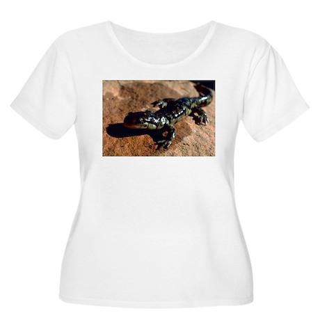 Tiger Salamander Women's Plus Size Scoop Neck T-Sh