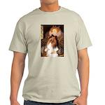 Queen / Collie (tri) Light T-Shirt