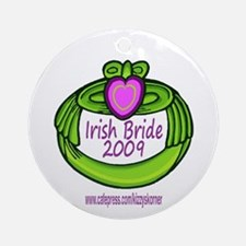 GREEN CLADDAGH BRIDE 2009 Ornament (Round)
