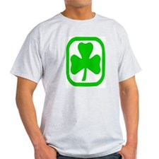 clover circle T-Shirt