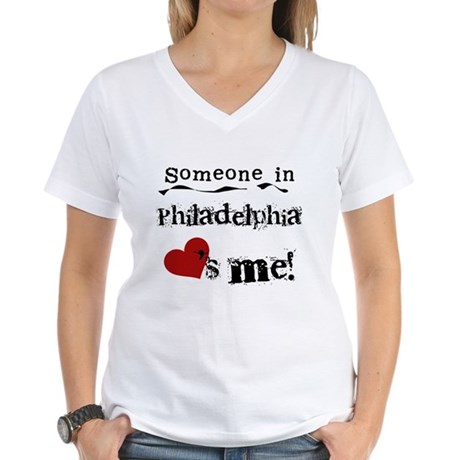 Philadelphia Loves Me Women's V-Neck T-Shirt