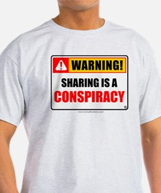 Sharing Conspiracy 'Clean Print' T-Shirt