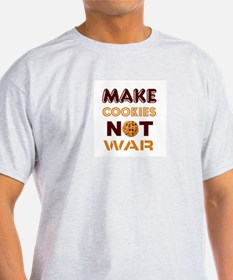 Cute Make cookies not war T-Shirt