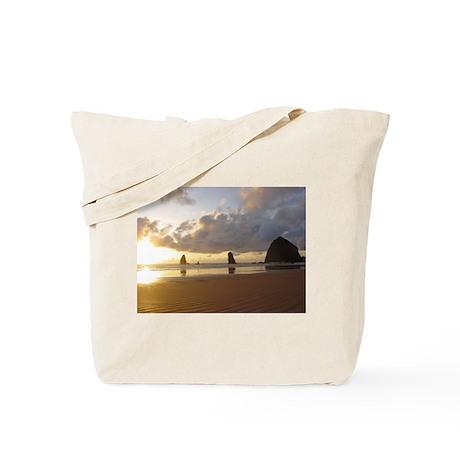 Cannon Beach, Oregon Sunset Tote Bag
