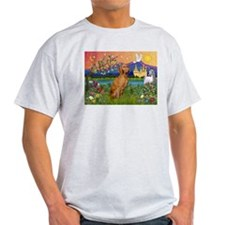 Vizsla in Fantasyland T-Shirt