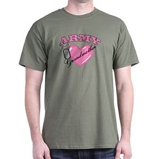 Army Grandmother Pink Heart N Dog Tags T-Shirt