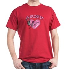 Army Mom Pink Heart N Dog Tag T-Shirt