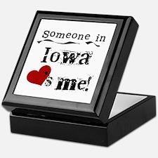 Someone in Iowa Keepsake Box