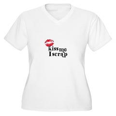 Kiss Me I Scrap - Scrapbookin T-Shirt