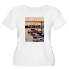 Unique Boats and ships T-Shirt