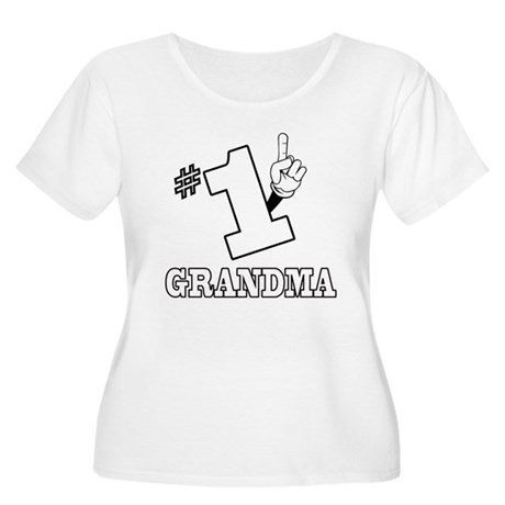 #1 - GRANDMA Women's Plus Size Scoop Neck T-Shirt