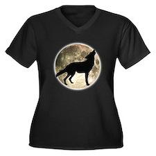 Coyote Howl Moon Women's Plus Size V-Neck Dark T-S