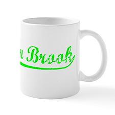 Vintage Mountain B.. (Green) Mug