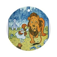 Cowardly Lion Ornament (Round)