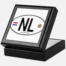 Netherlands Intl Oval Keepsake Box