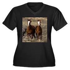 Mustang Women's Plus Size V-Neck Dark T-Shirt