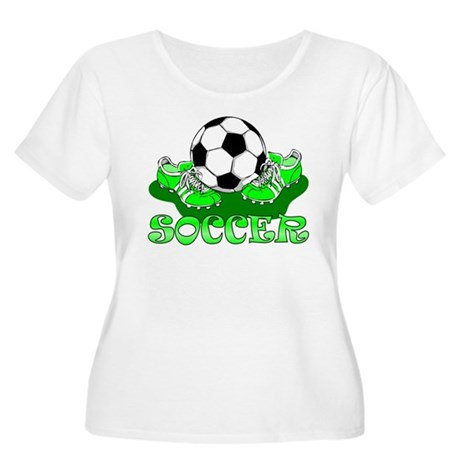 Soccer (Green) Women's Plus Size Scoop Neck T-Shir