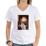 Queen / English Setter Women's V-Neck T-Shirt
