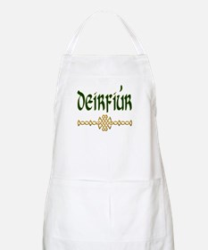 Sister in Gaelic (Knot) Apron