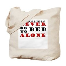 Booklovers never go to bed alone Tote Bag