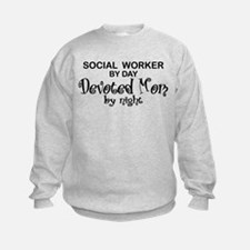 Social Worker Devoted Mom Sweatshirt