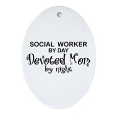 Social Worker Devoted Mom Oval Ornament