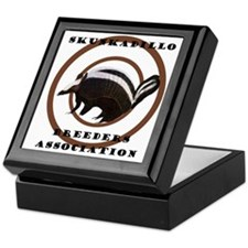 SkunkaDillo Keepsake Box