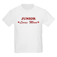 JUNIOR loves mom T-Shirt