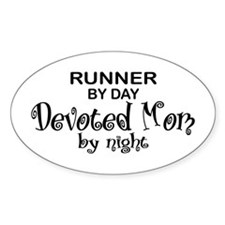 Runner Devoted Mom Oval Decal