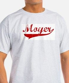 Moyer (red vintage) T-Shirt