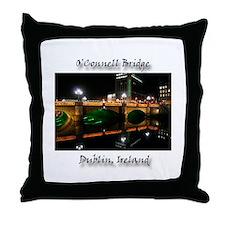 O'CONNELL BRIDGE, DUBLIN Throw Pillow