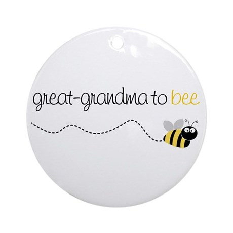 great grandma to be t-shirt Ornament (Round)