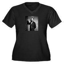 Unique Abe lincoln Women's Plus Size V-Neck Dark T-Shirt