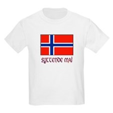 syttedmaiflagjpg-3 T-Shirt