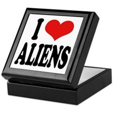 I Love Aliens (word) Keepsake Box