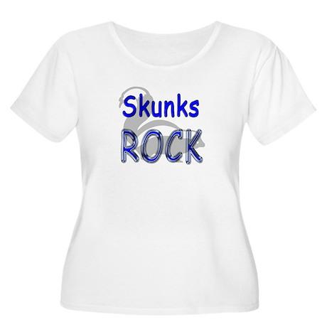 Skunks Rock Women's Plus Size Scoop Neck T-Shirt